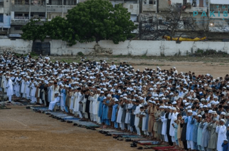 Pakistan celebrates Eid with pomp and care