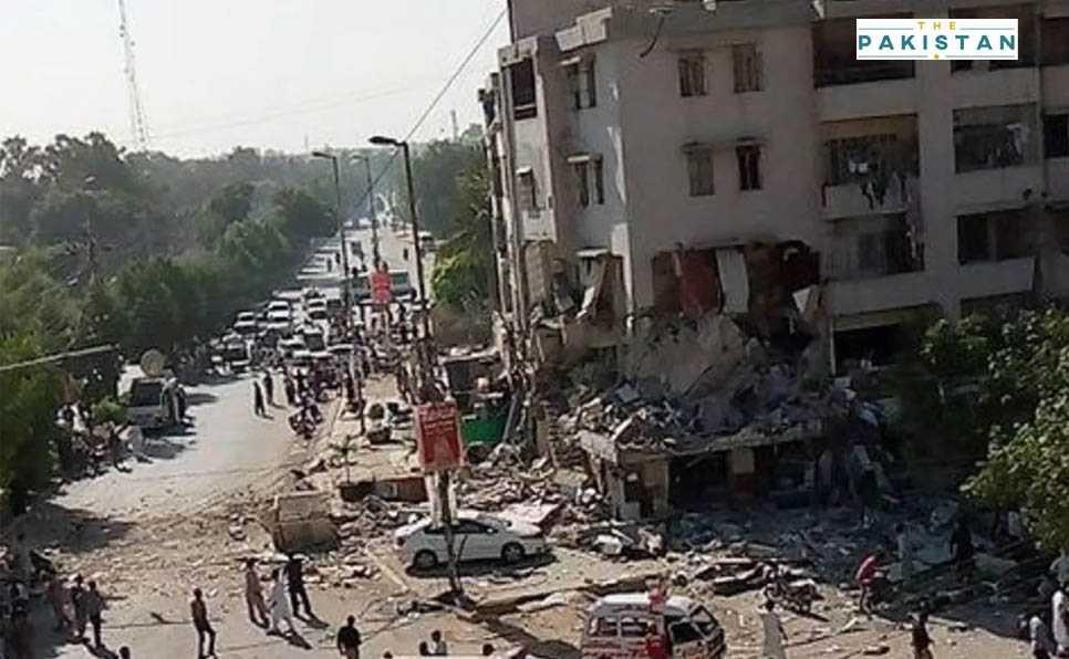 Five killed as blast rips through a building in Karachi