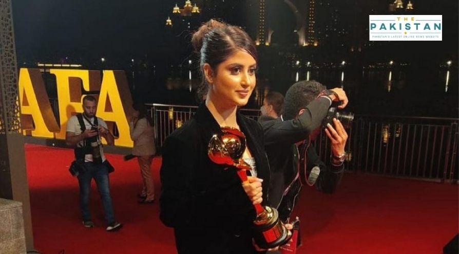 Sajal Ali Wins DIAFA Award For Her Roles In Films, TV