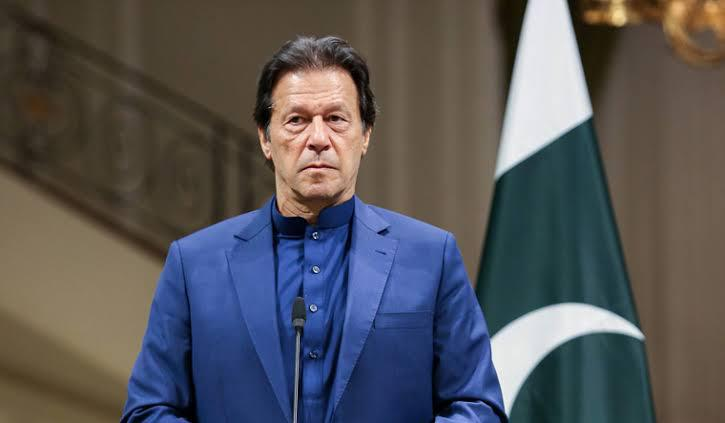 pm imran khan passes rs 500mn uplift grant
