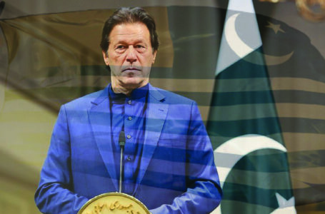 PM Khan reiterates support to Kashmiri struggle for freedom