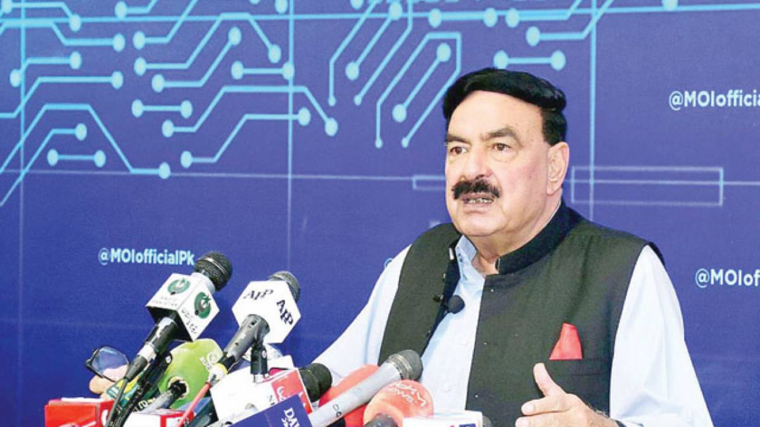 India clearly behind Lahore blast: Sheikh Rashid