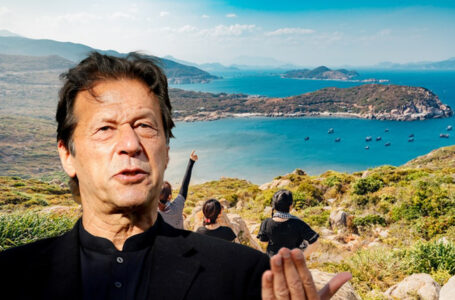 Khan for developing coastal areas of Balochistan to improve tourism